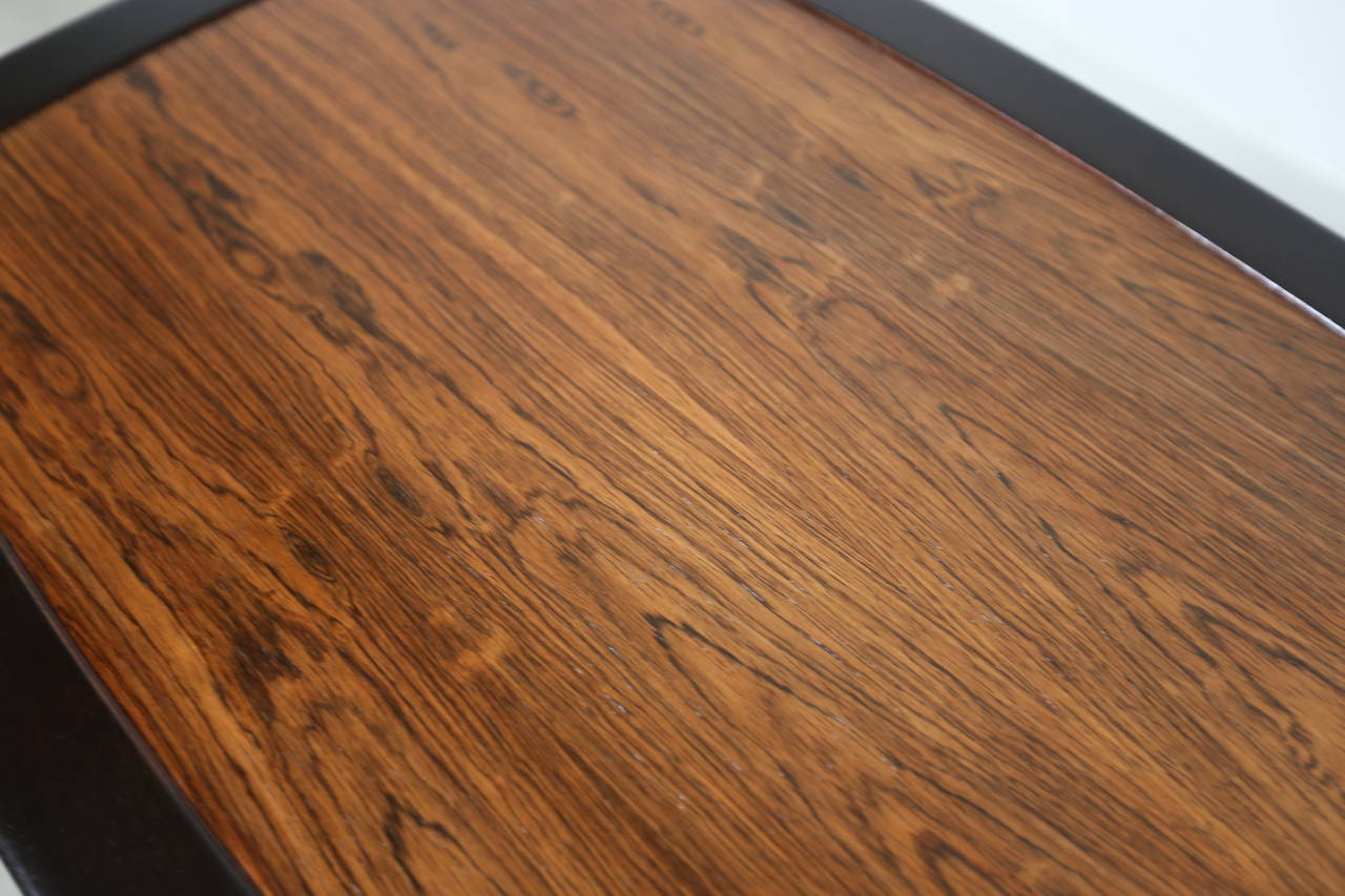 Rosewood Side Table by Edward Wormley for Dunbar In Excellent Condition For Sale In Laguna Hills, CA