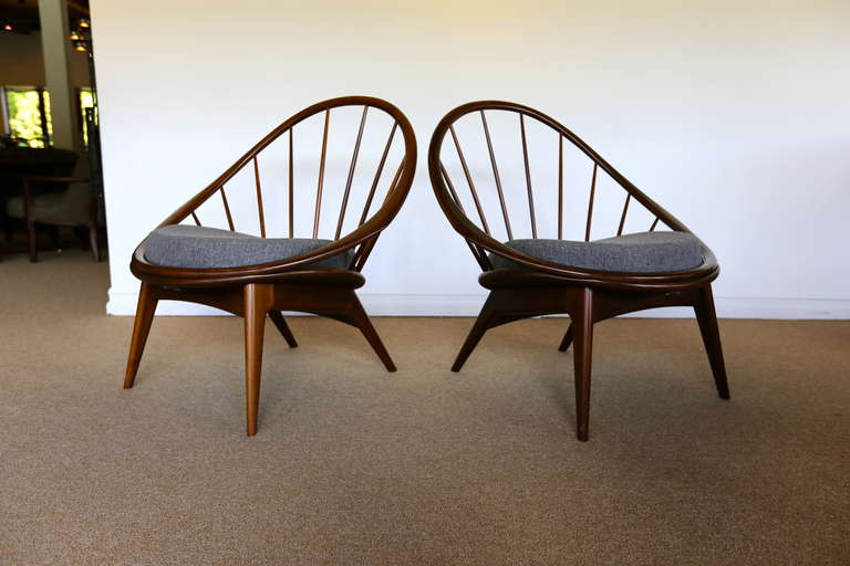 Mid-Century Modern Pair of Spindle Back