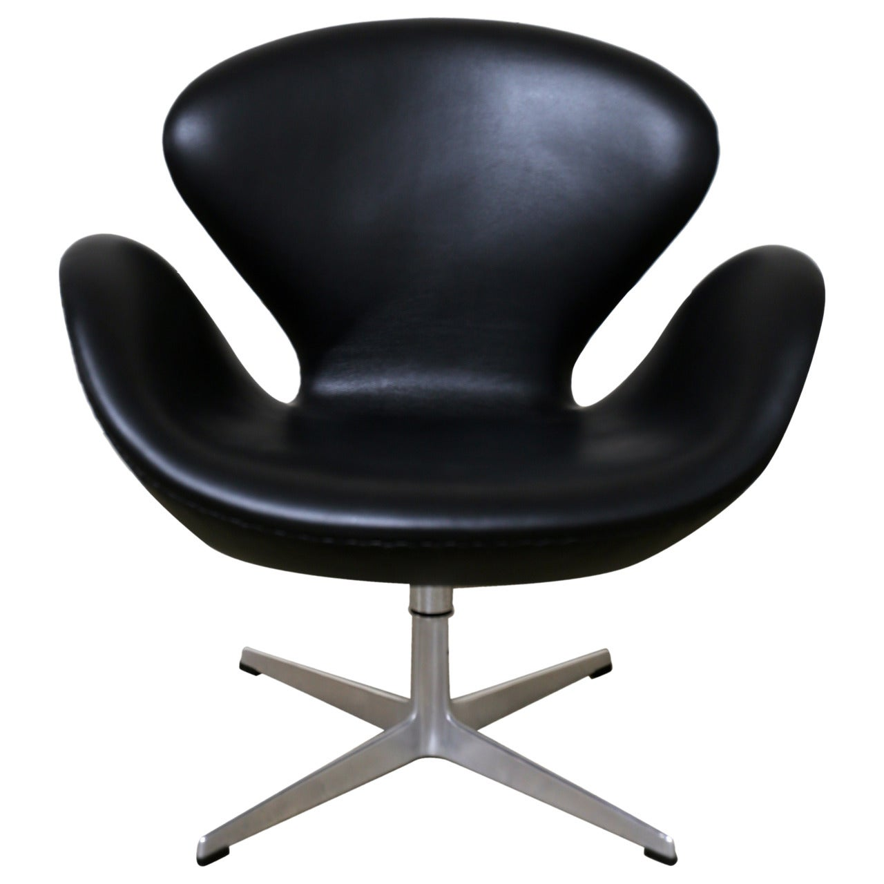 Leather Swivel Tilt Swan Chair by Arne Jacobsen for Fritz Hansen