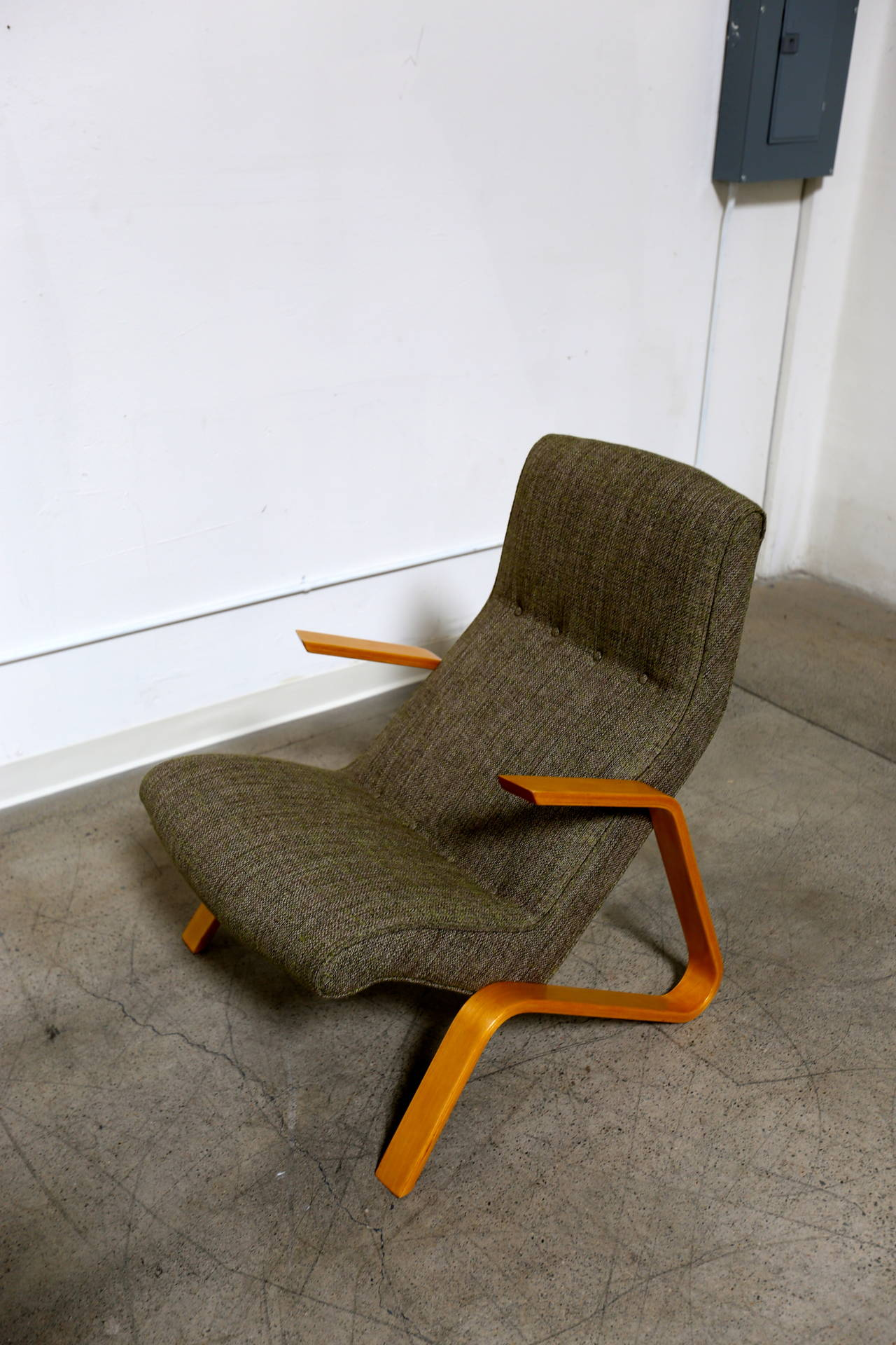 Mid-Century Modern Eero Saarinen Grasshopper Chair for Knoll For Sale