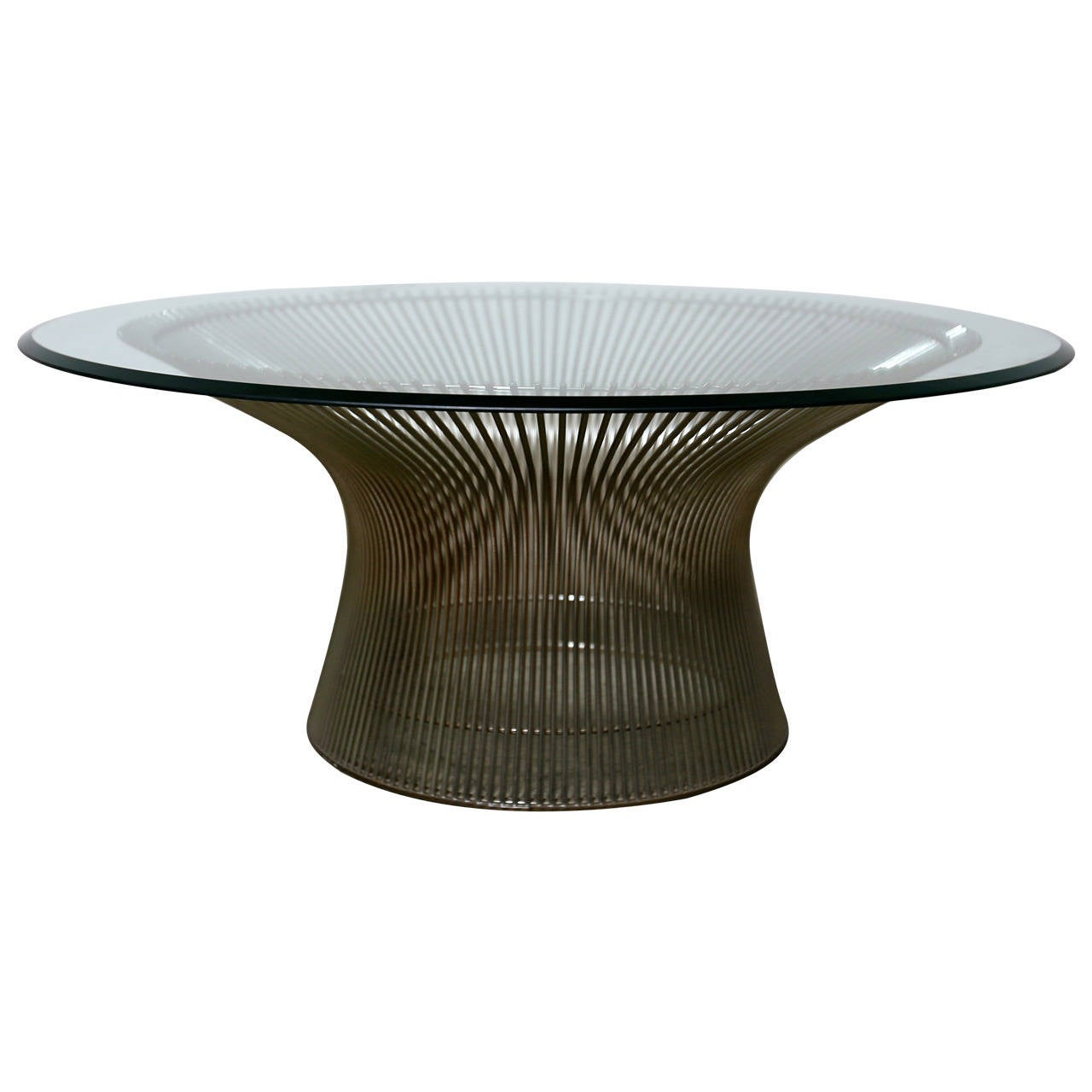 this round coffee table by warren platner for knoll is no longer
