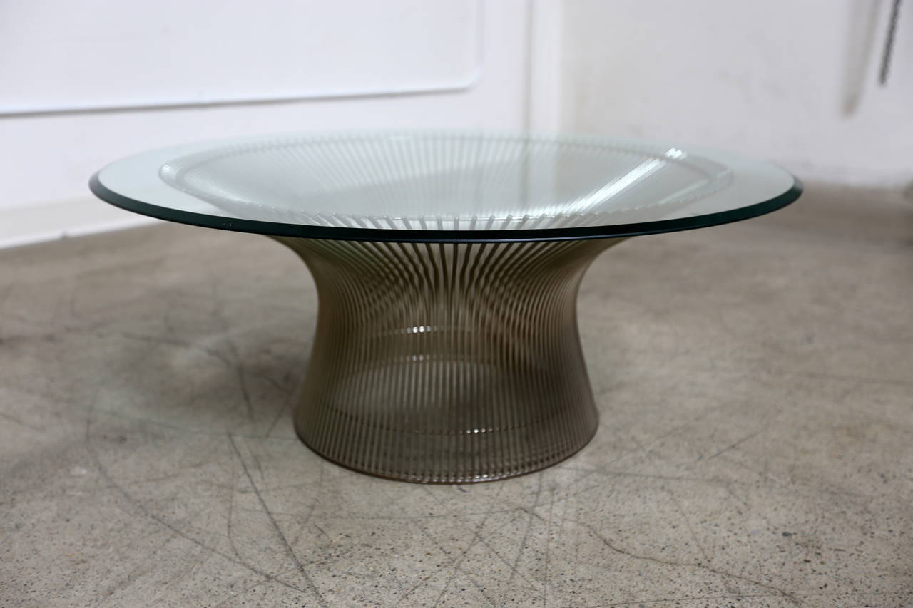 Round coffee table by warren platner for knoll at 1stdibs for Table warren platner