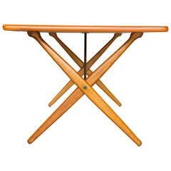 Hans Wegner AT 303 Cross-Leg Table