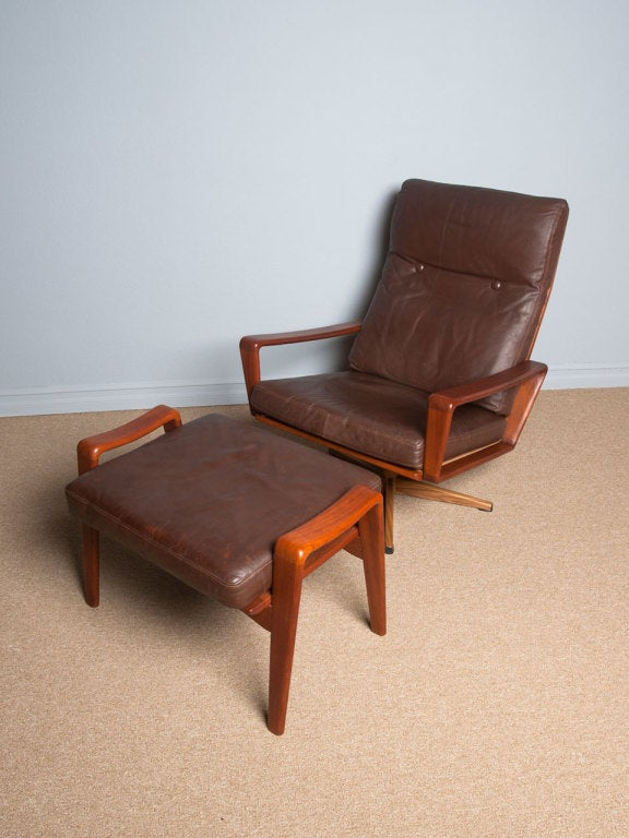 Magnificent Teak And Leather Lounge Chair By Komfort Of Denmark Pabps2019 Chair Design Images Pabps2019Com