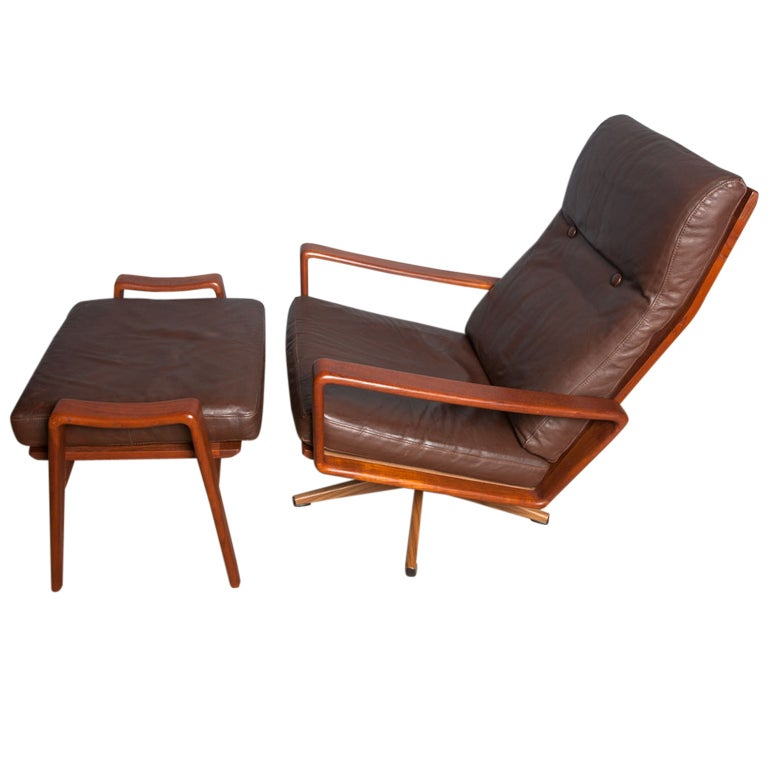 Teak and leather lounge chair by KOMFORT of Denmark at 1stdibs