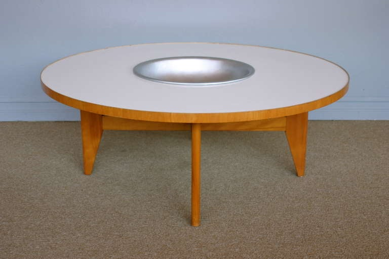 American Coffee table with planter by George Nelson for Herman Miller For Sale
