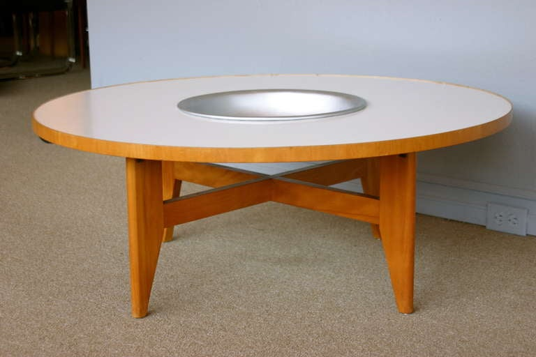 Coffee table with planter by George Nelson for Herman Miller.