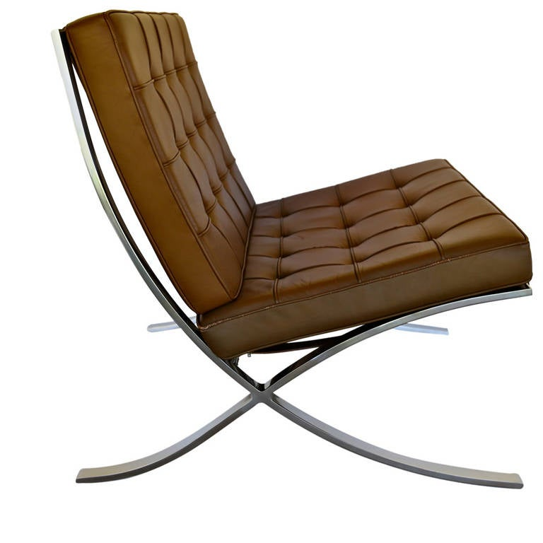 knoll 1975 barcelona chair by mies van der rohe at 1stdibs. Black Bedroom Furniture Sets. Home Design Ideas