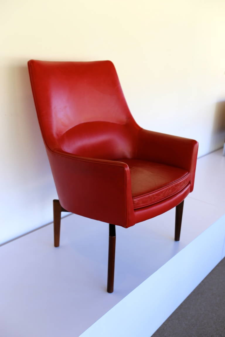 High Back Leather Swivel Lounge Chair By Jens Risom For Sale At 1stdibs