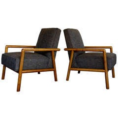 Pair of lounge chairs by Robsjohn Gibbings for Widdicomb