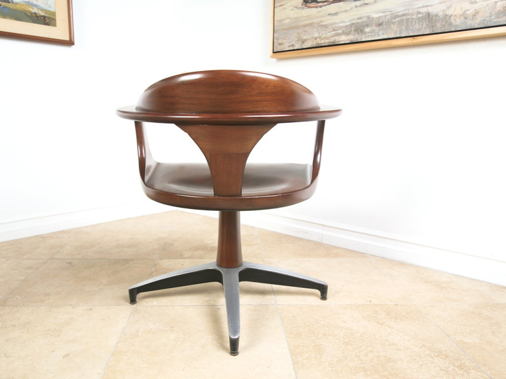 Mid century solid wood dining table and swivel chairs at for Rotating dining table