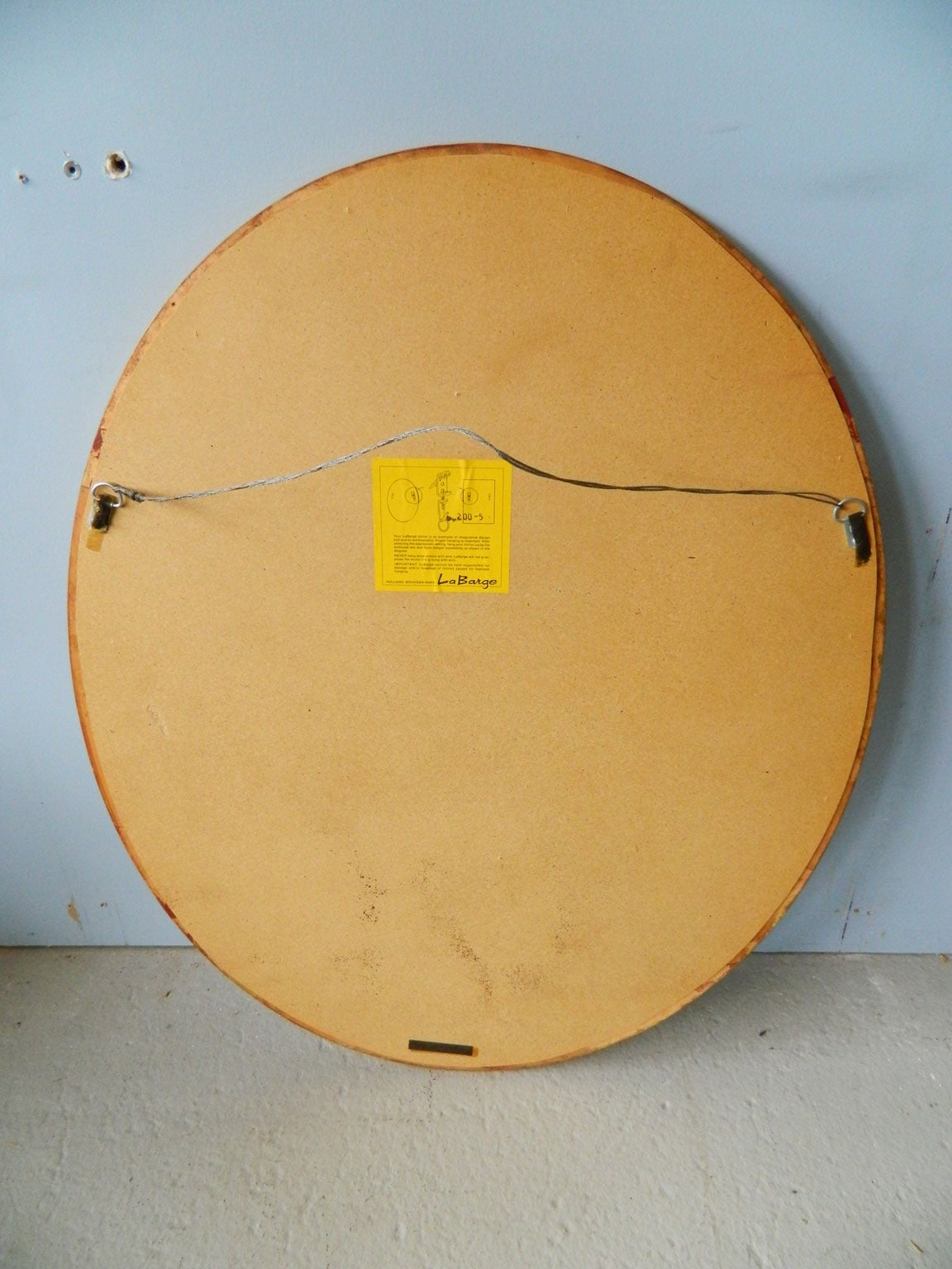 Oval Gilt Mirror by LaBarge In Good Condition For Sale In Baltimore, MD