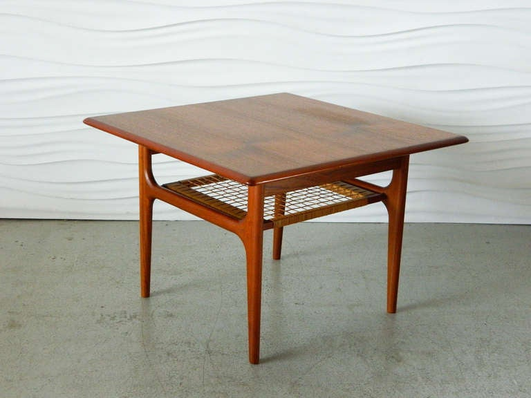 Amazing Danish Modern Teak Side Table With Caned Shelf 2