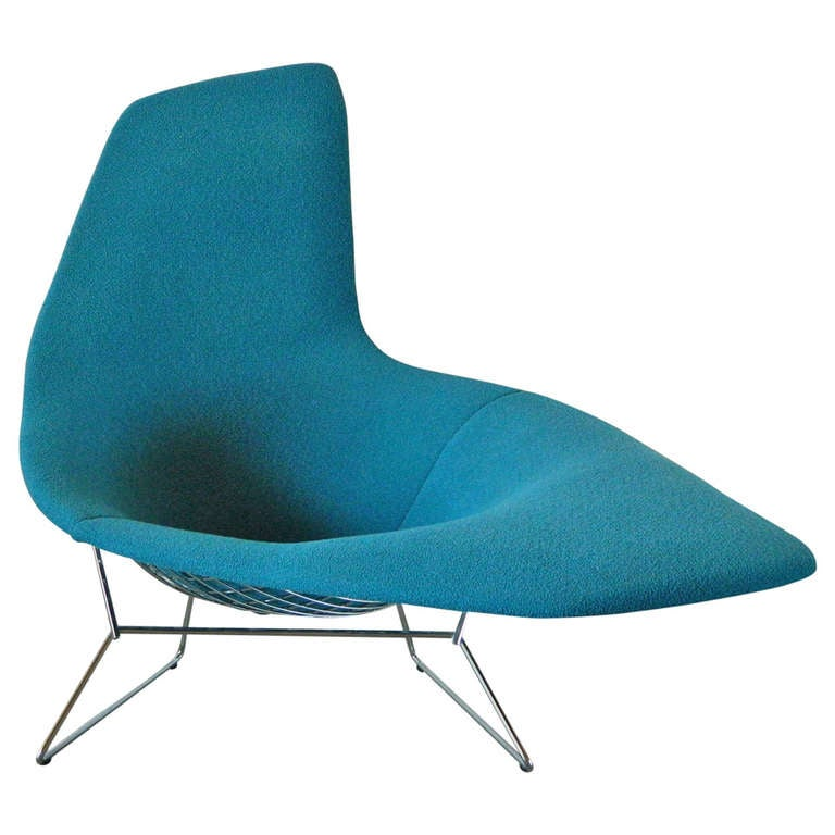 Harry bertoia asymmetric chaise by knoll at 1stdibs for Chaise bertoia knoll