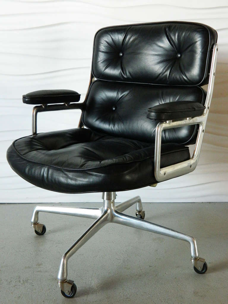 Charles Eames Time Life Executive Chair 2Charles Eames Time Life Executive Chair at 1stdibs. Eames Soft Pad Management Chair Used. Home Design Ideas