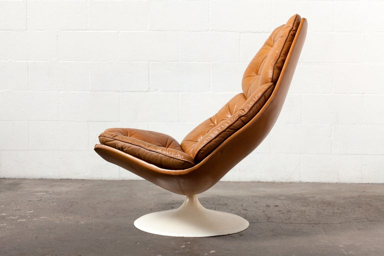 Geoffrey Harcourt For Artifort F584 Swivel Lounge Chair At