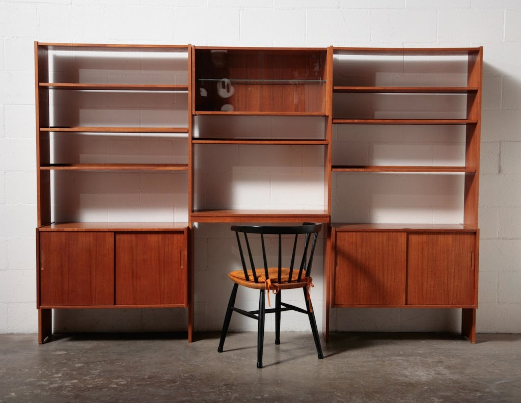 Mid Century Modern Wall Unit At 1stdibs