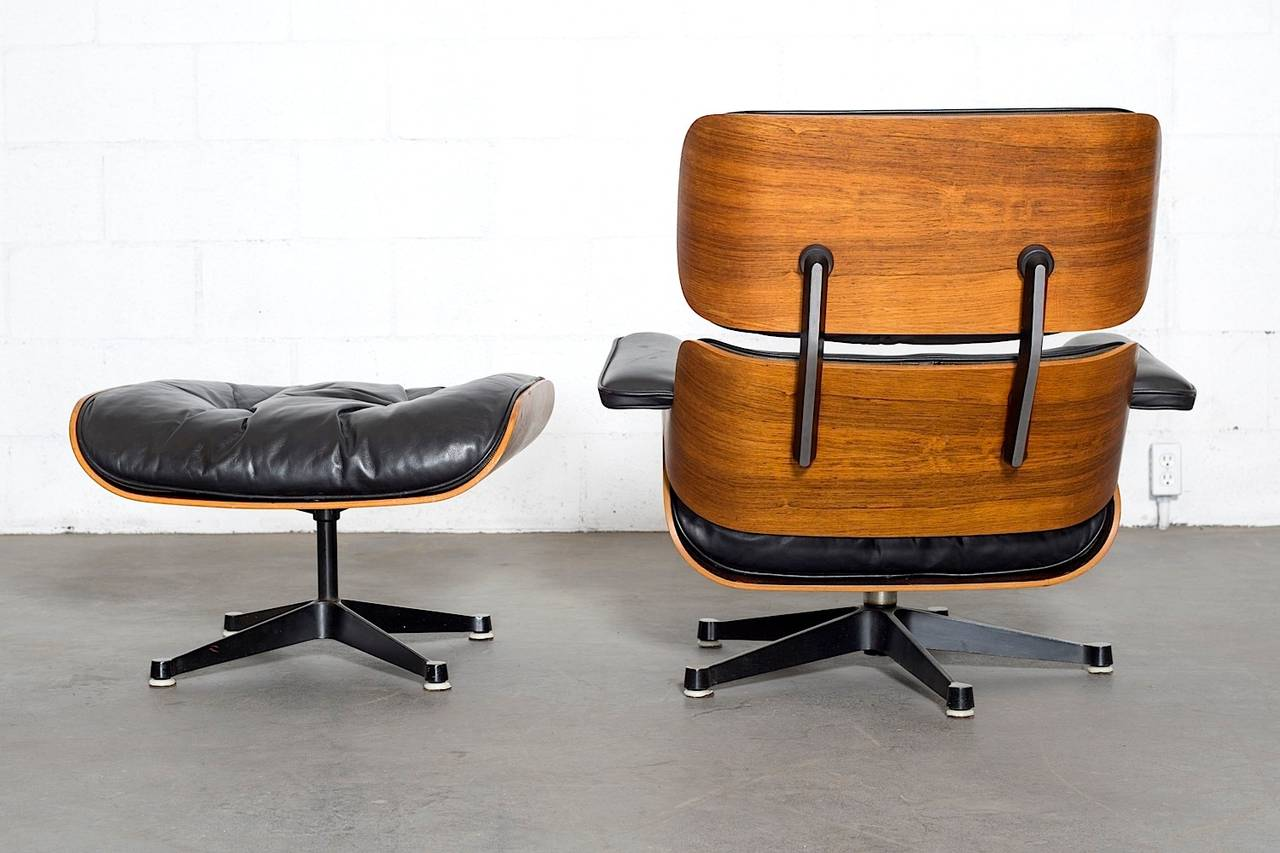 rosewood eames lounge chair by herman miller and vitra at. Black Bedroom Furniture Sets. Home Design Ideas