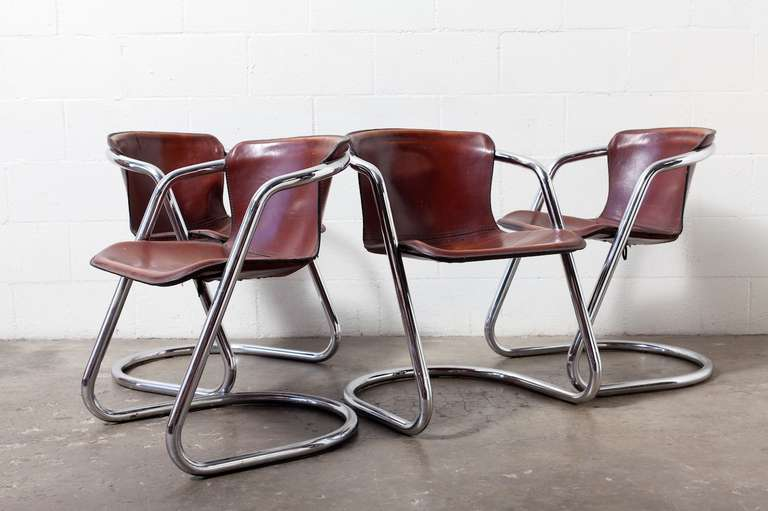 Set Of 4 Leather And Chrome Dining Chairs 2