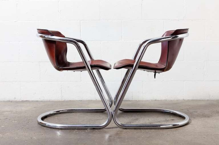 Set of 4 Leather and Chrome Dining Chairs For Sale 3