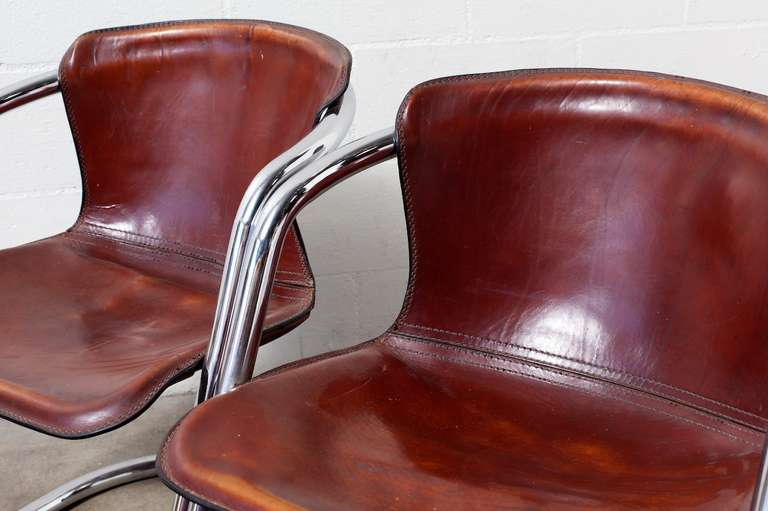 Set of 4 Leather and Chrome Dining Chairs For Sale 2