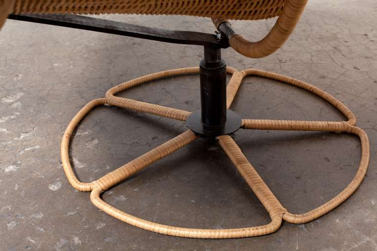 Late 20th Century Gerard Van Den Berg Leather And Rattan Lounge Chair For Montis For Sale
