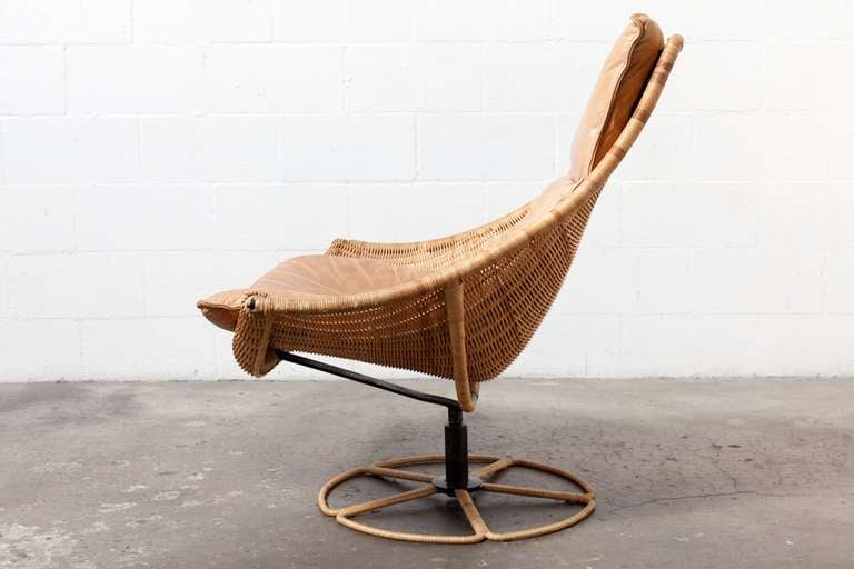 Mid-Century Modern Gerard Van Den Berg Leather And Rattan Lounge Chair For Montis For Sale