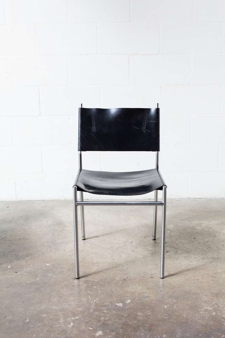 Martin visser leather and chrome dining chairs at 1stdibs for Leather and chrome dining chairs