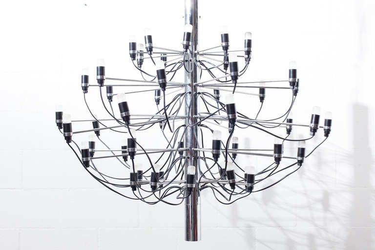 "Mid-20th Century Gino Sarfatti ""2097"" Chrome Chandelier For Sale"