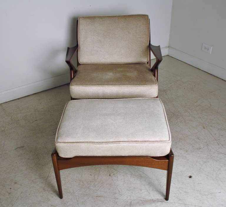 Poul jansen selig z chair and ottoman at 1stdibs - Selig z chair for sale ...