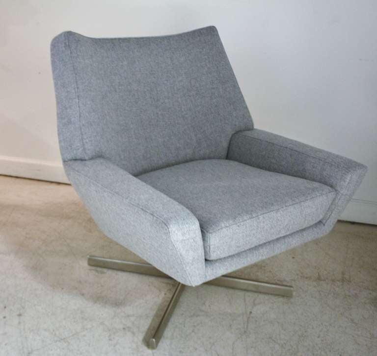 pair of mid century danish swivel chairs at 1stdibs