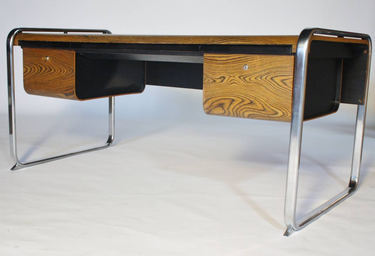 Mid Century Modern Peter Protzman For Herman Miller Desk For Sale