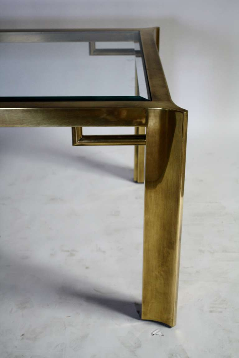 Mastercraft Expandable Brass and Glass Dining Table In Excellent Condition For Sale In Chicago, IL