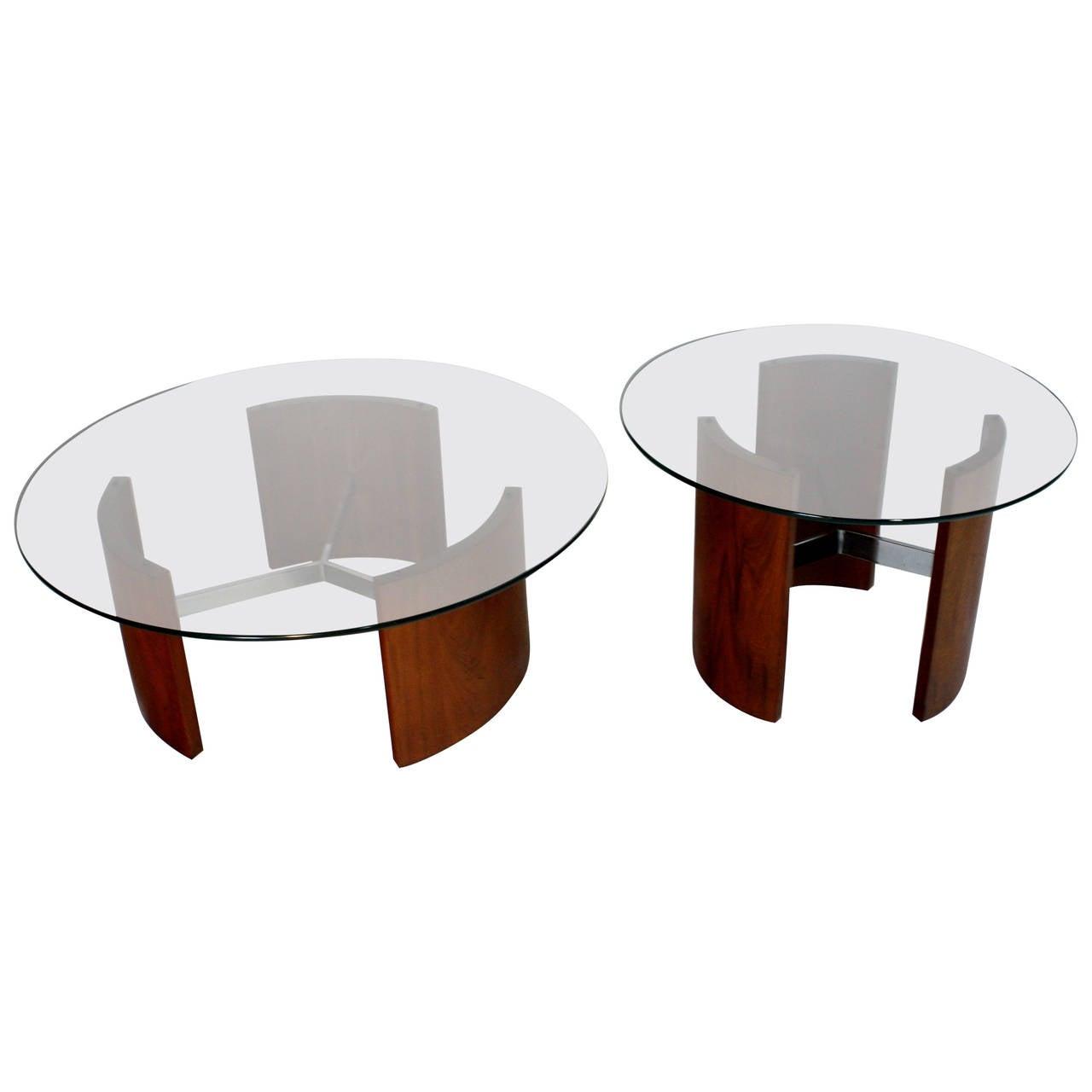 Set of Kagan Radius Tables