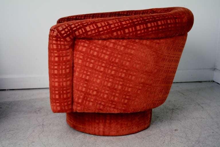 Swivel barrel chairs milo baughman at 1stdibs