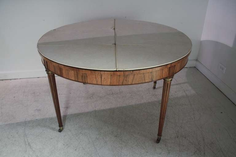 Baker Rosewood Round Extended Dining Table at 1stdibs : IMG7810l from 1stdibs.com size 768 x 512 jpeg 26kB