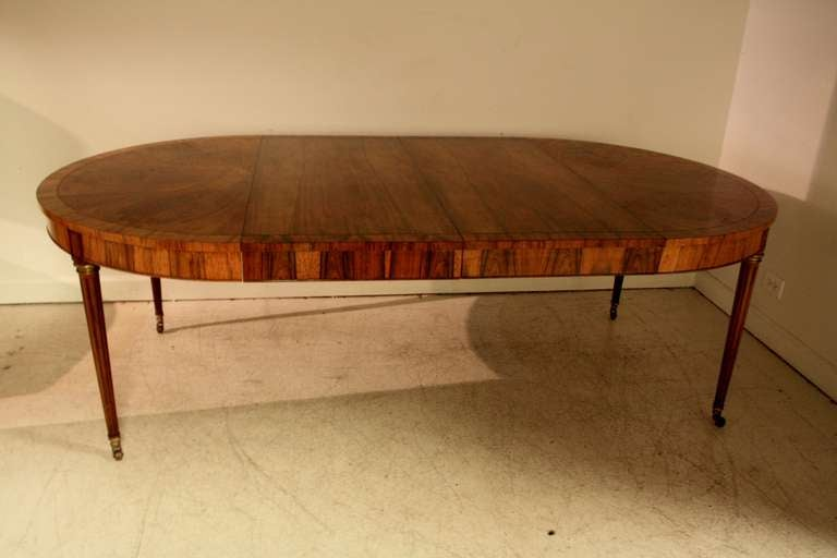 Baker Rosewood Round Extended Dining Table at 1stdibs