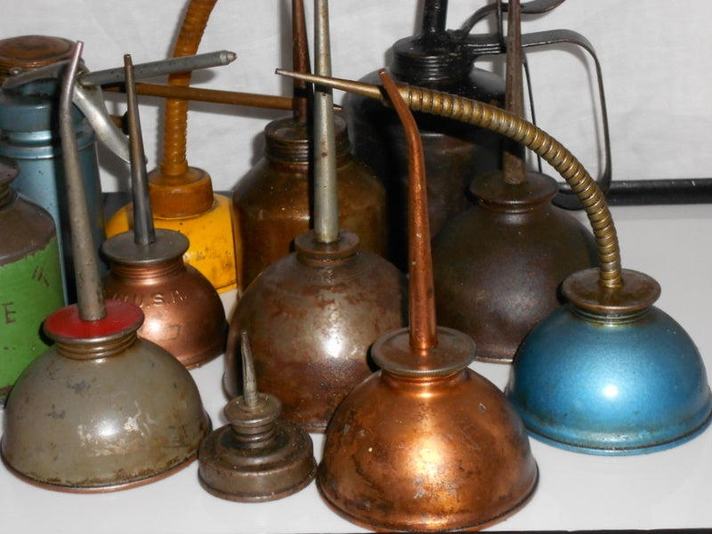 Set of industrial oil cans 5