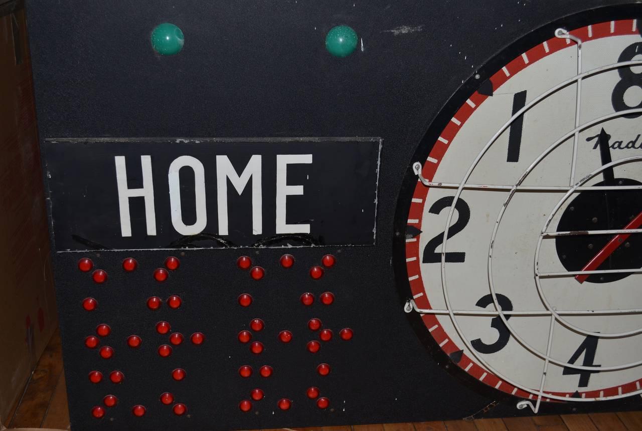 Vintage Scoreboard Clock – Home Decor Ideas