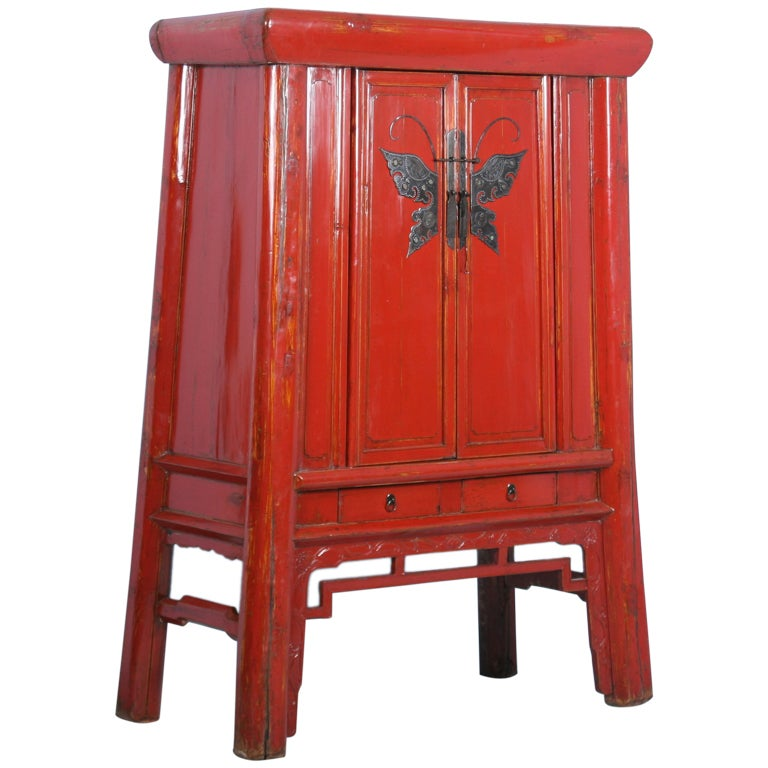Antique red chinese lacquered cabinet armoire with ornate for Red chinese furniture