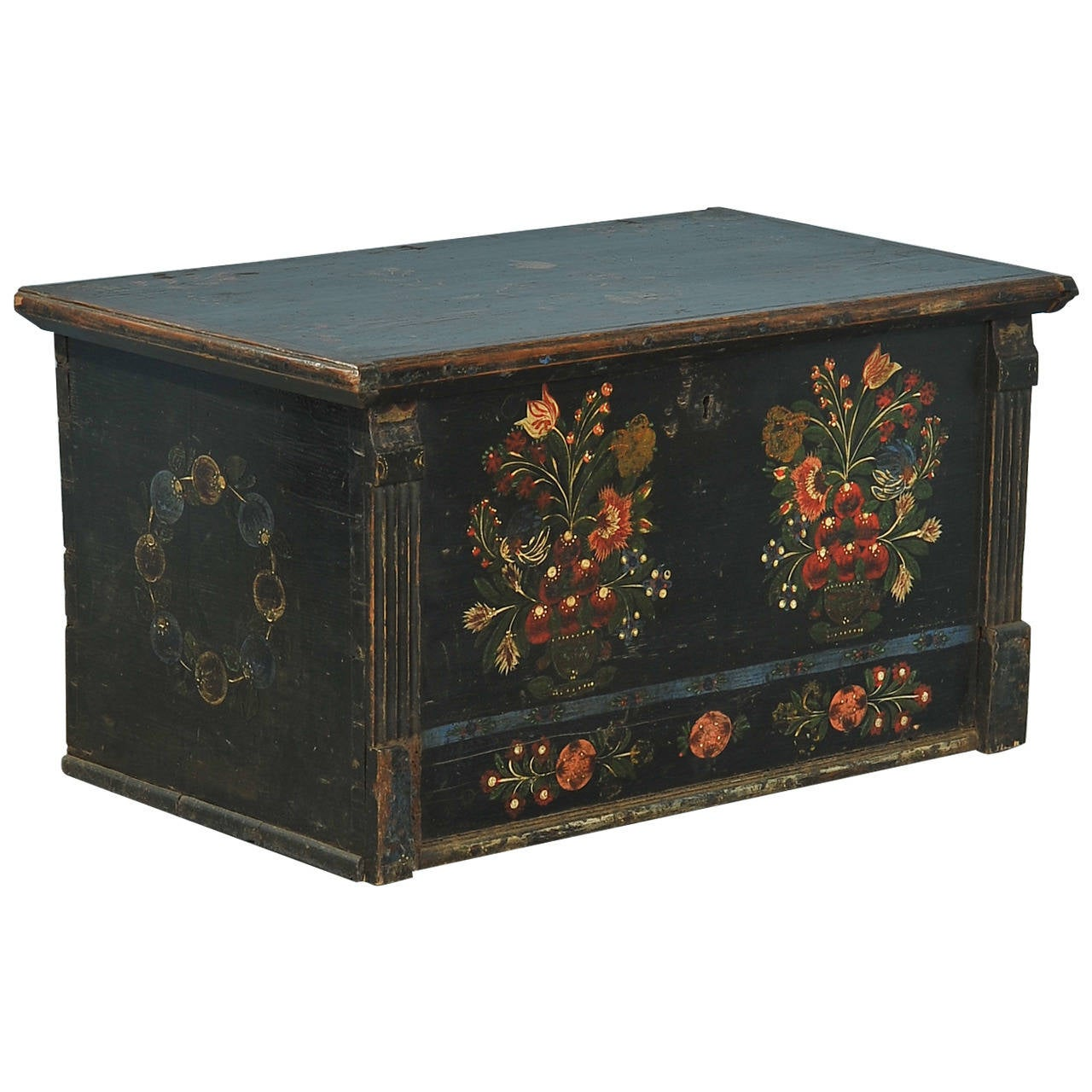 Antique Original Black Painted Flat Top Trunk Perfect Coffee Table Circa 1840 At 1stdibs
