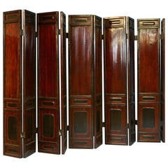 Striking Set of Antique Chinese Lacquered Ten-Panel Screens, circa 1800-1820