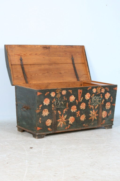 19th Century Antique Original Painted Swedish Trunk, dated 1848 For Sale