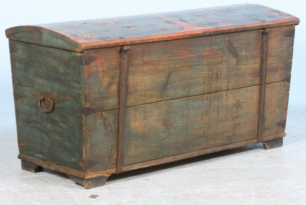 Antique Original Painted Swedish Trunk, dated 1848 For Sale 4