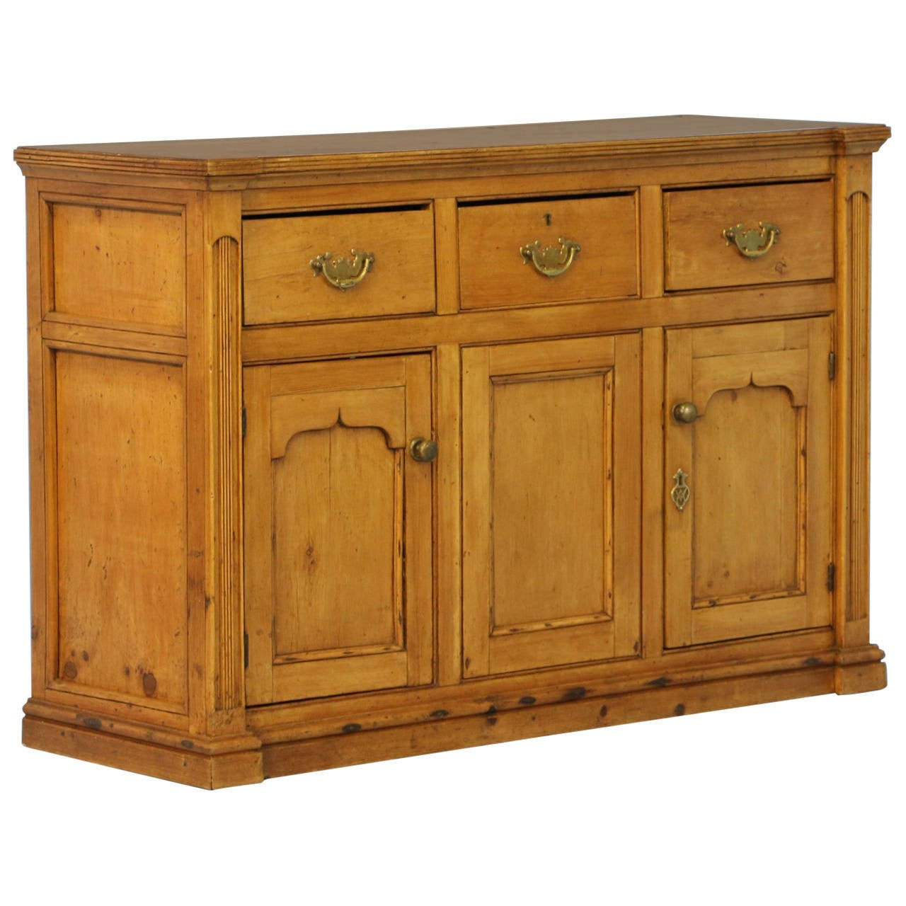 antique pine buffet sideboard england circa 1850 at 1stdibs. Black Bedroom Furniture Sets. Home Design Ideas