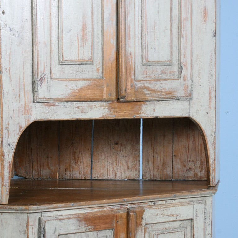 Large Antique Swedish Corner Cabinet with Original Paint For Sale 2