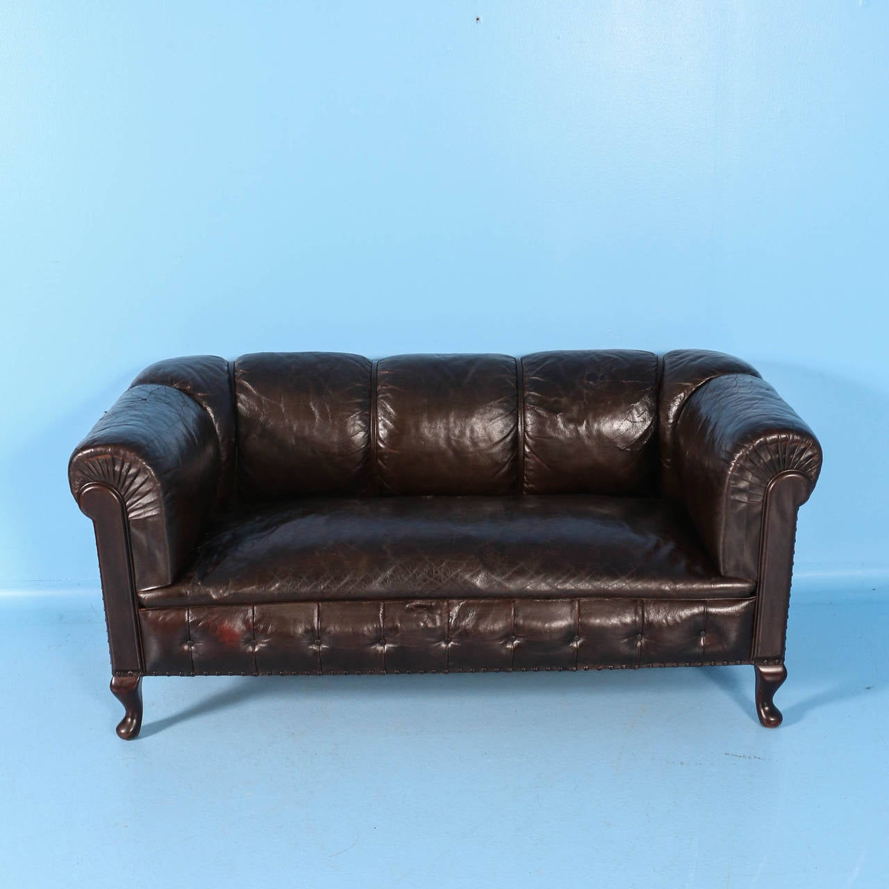 Blue leather chesterfield sofa at 1stdibs - Small Vintage Chesterfield Sofa England Circa 1920 1940 2
