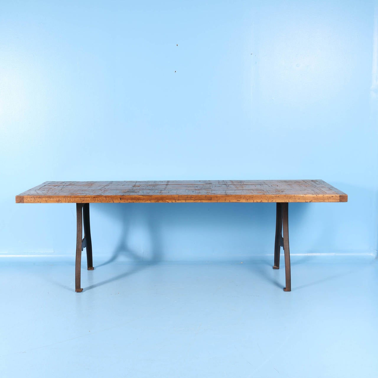 Vintage Industrial Look Dining Table from Reclaimed Wood  : IMG6566l from www.1stdibs.com size 1280 x 1280 jpeg 63kB
