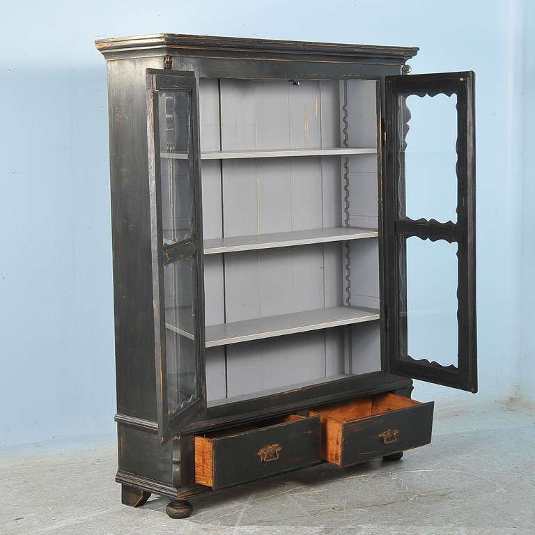 Superieur Antique Russian, Black Bookcase Cabinet With Adjustable Shelves In  Excellent Condition For Sale In Denver
