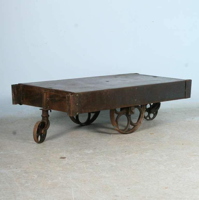 Old Industrial Cart Coffee Table: Vintage Industrial Metal Cart Coffee Table Image 3
